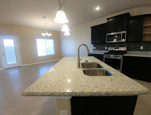 Kitchen-in-2050 Plan-at-Canutillo Heights-in-El Paso