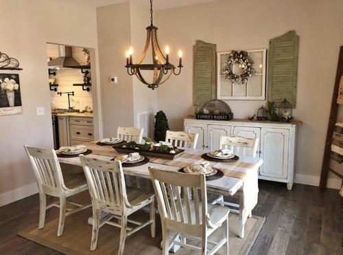Dining-in-The Fennel-at-Lakeridgeestates.net-in-Slate Hill