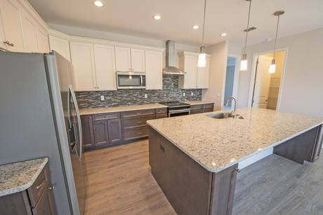 Kitchen-in-Buckley C (Craftsman)-at-Palisades-in-Clermont