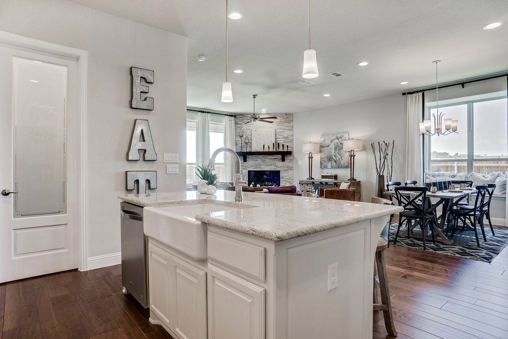 'Morningstar Ranch 50s' by Rendition Homes in Fort Worth