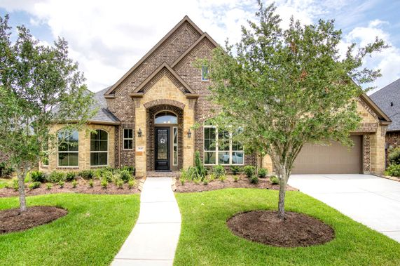 Exterior featured in the Artavia 3358 By Ravenna Homes in Houston, TX