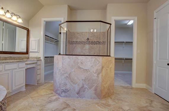 Bathroom featured in the Artavia 3710 By Ravenna Homes in Houston, TX