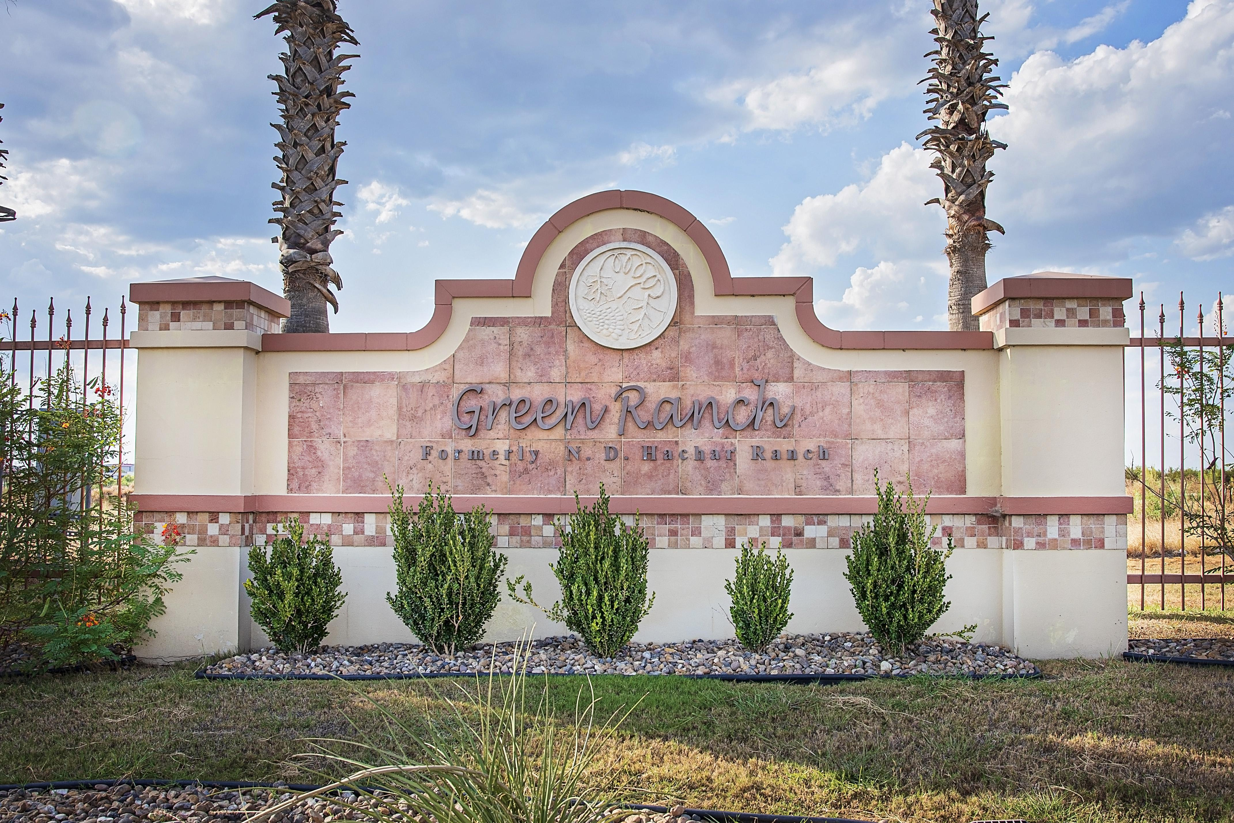 'Green Ranch' by WestWind Homes in Laredo