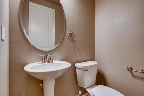 Bathroom-in-The Jamestown II- Meadows Collection-at-Prairie Star-in-Berthoud