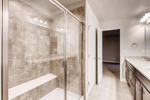 Bathroom-in-The Jansen-at-Prairie Star-in-Berthoud