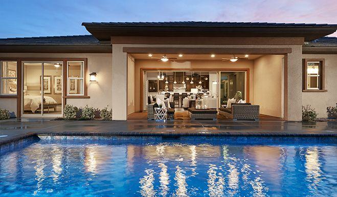 Robert-LV-MonteBello-Pool/patio:The Robert