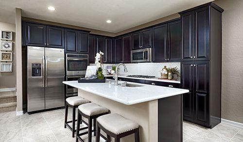 Kitchen-in-Edward-at-Skye Knoll-in-Las Vegas