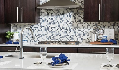 Kitchen-in-Soho-at-Cityscapes at The Views-in-Broomfield