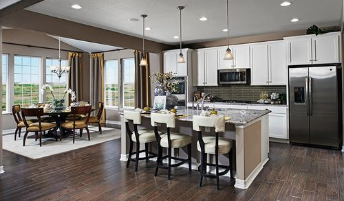 Kitchen-in-Hemingway-at-Fairfield-in-Thornton