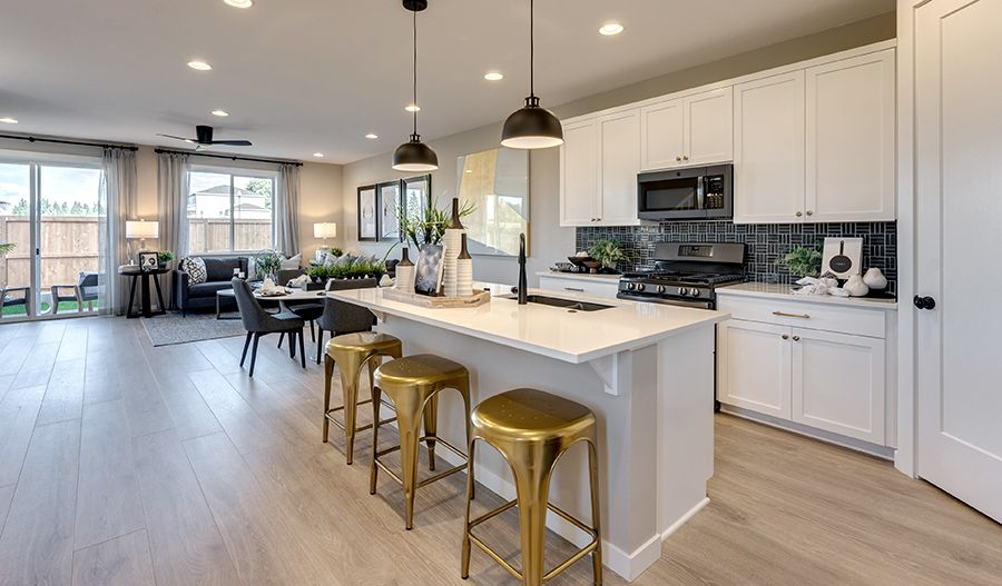 Kitchen featured in the Mountain By Richmond American Homes in Portland-Vancouver, WA