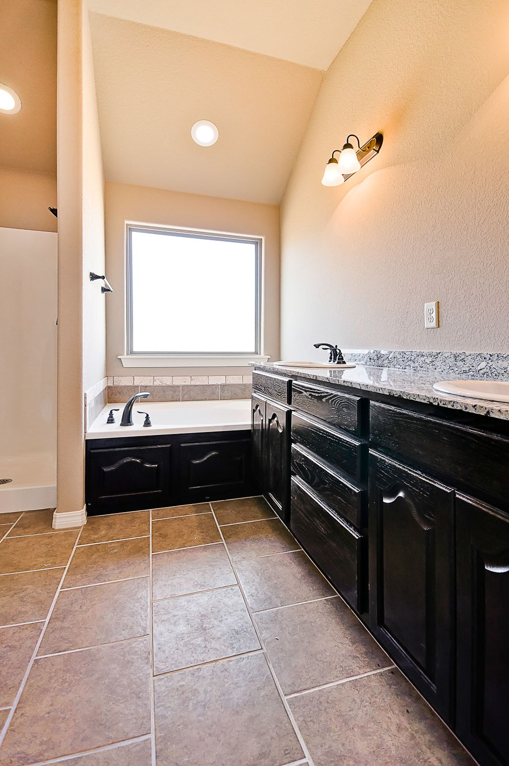 Bathroom featured in the Dogwood 1471 By Riverwood Homes - Arkansas in Fayetteville, AR