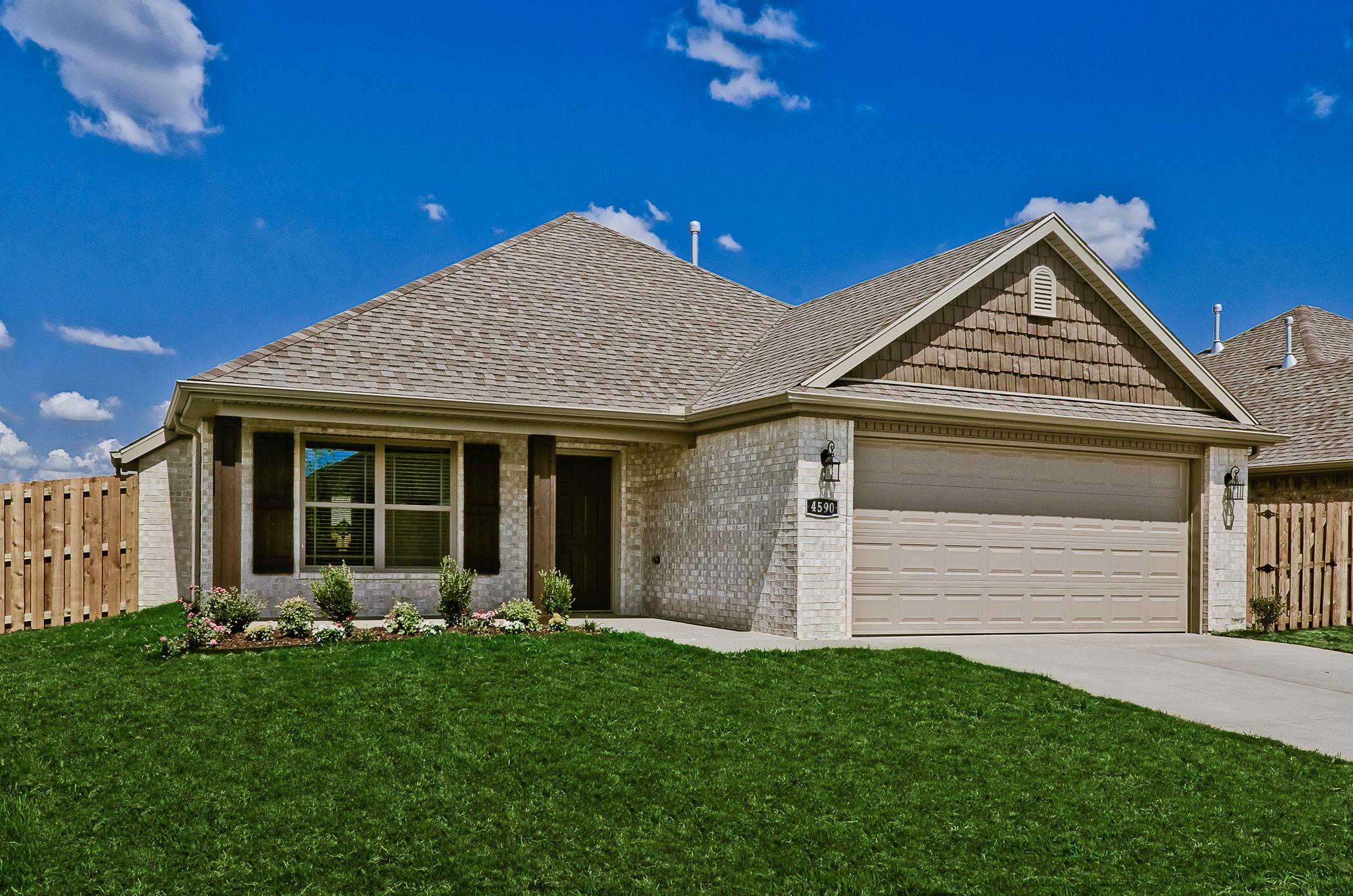 'Sloanbrooke' by Riverwood Homes in Fayetteville