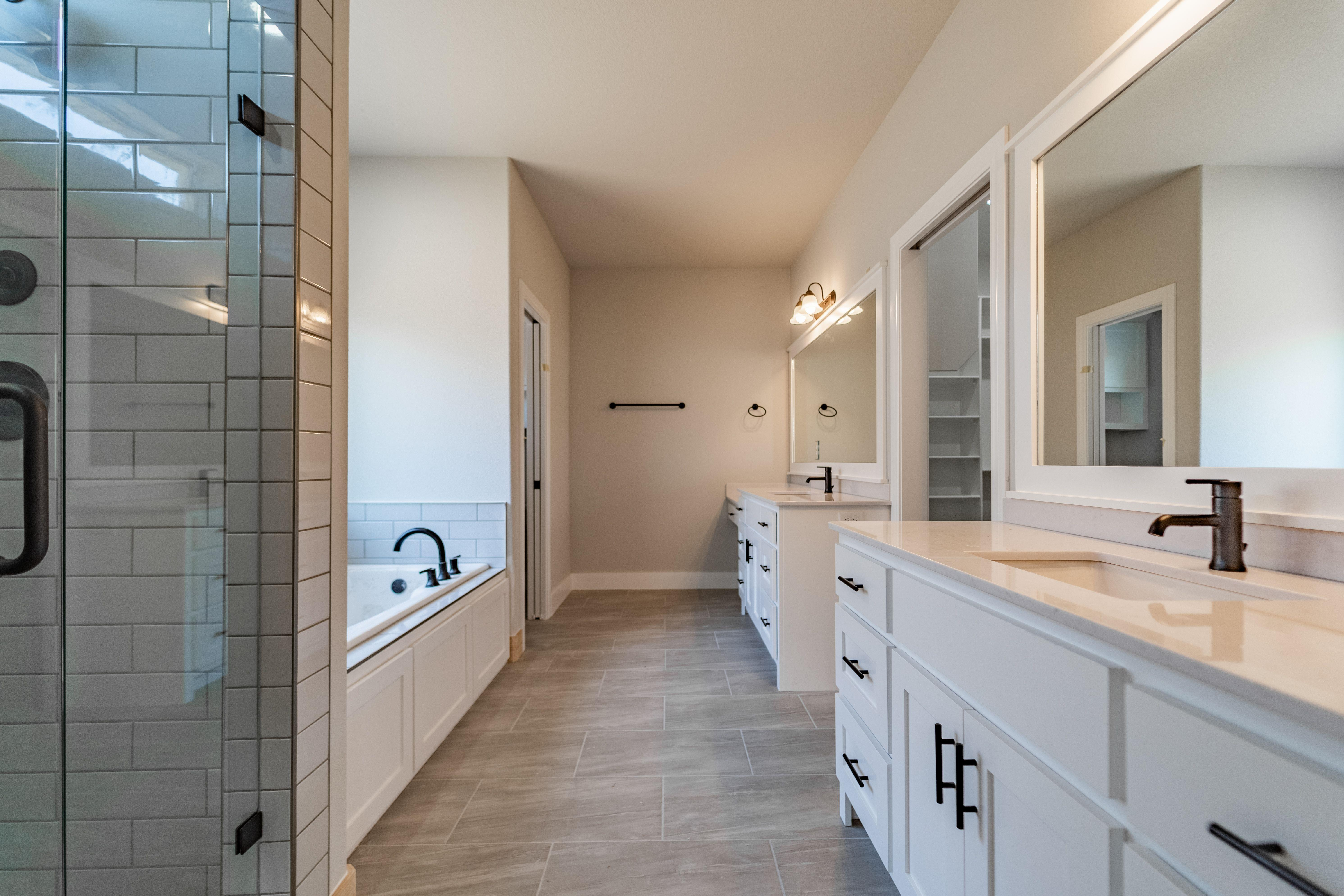Bathroom featured in the Diamond 2901 By Riverwood Homes - Arkansas in Fayetteville, AR