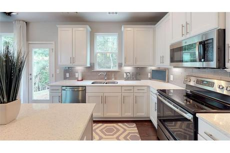 Kitchen-in-The Redland-at-Ellis Pointe-in-Conyers
