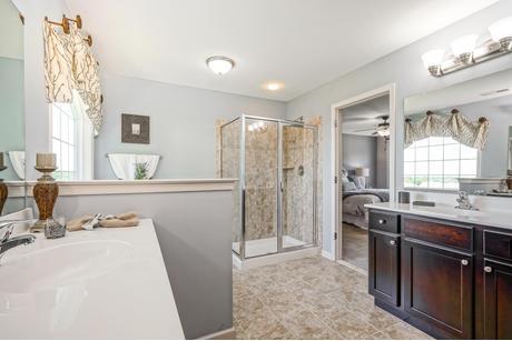 Bathroom-in-Longwood-at-Ridgecrest-in-Coatesville
