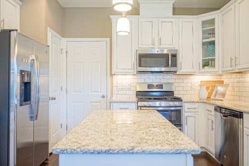 Kitchen-in-The Wilmington-at-Ramsgate-in-Clayton