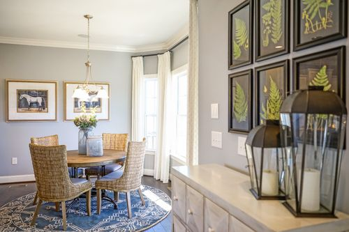 Breakfast-Room-in-The Carteret-at-Rockbridge-in-Knightdale