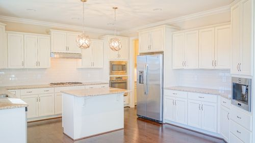 Kitchen-in-The Camellia-at-Ballentine Place-in-Holly Springs
