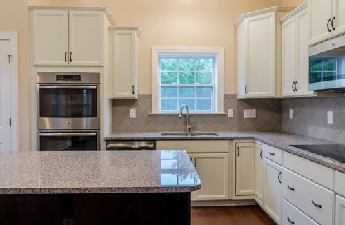 Kitchen-in-The Montgomery-at-Bedford at Flowers Plantation-in-Clayton
