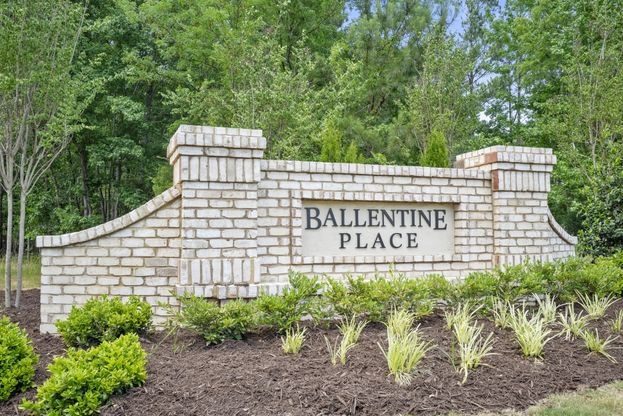Royal Oaks a Division of Mattamy Homes, Ballentine Place, Entrance Monument, Holly Springs, North...:Ballentine Place | Holly Springs, NC