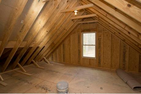 Garage-in-The Oakwood-at-Fairview Park-in-Apex