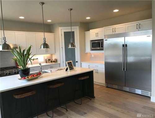 Kitchen-in-The Majestic-at-Legacy-in-Gig Harbor