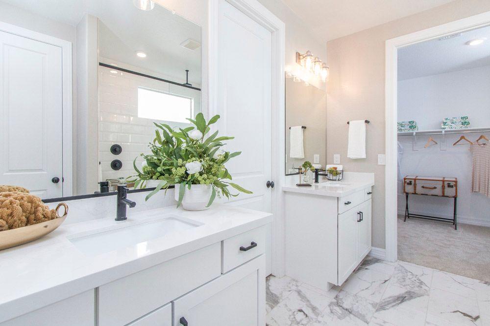 Bathroom featured in the Sedona By William Ryan Homes in Phoenix-Mesa, AZ