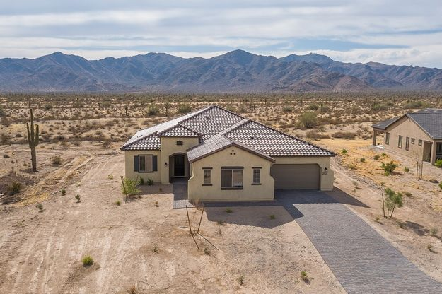 8424 N 194th Drive Waddell AZ 85335 spanish elevation front exterior Joyce quick move in Sonoran ...:8424 N 194th Drive - Joyce - Quick Move-In Home - Spanish Elevation - Front Exterior