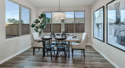Dining-in-Plan 3X-at-Laurel Park Estates-in-Napa