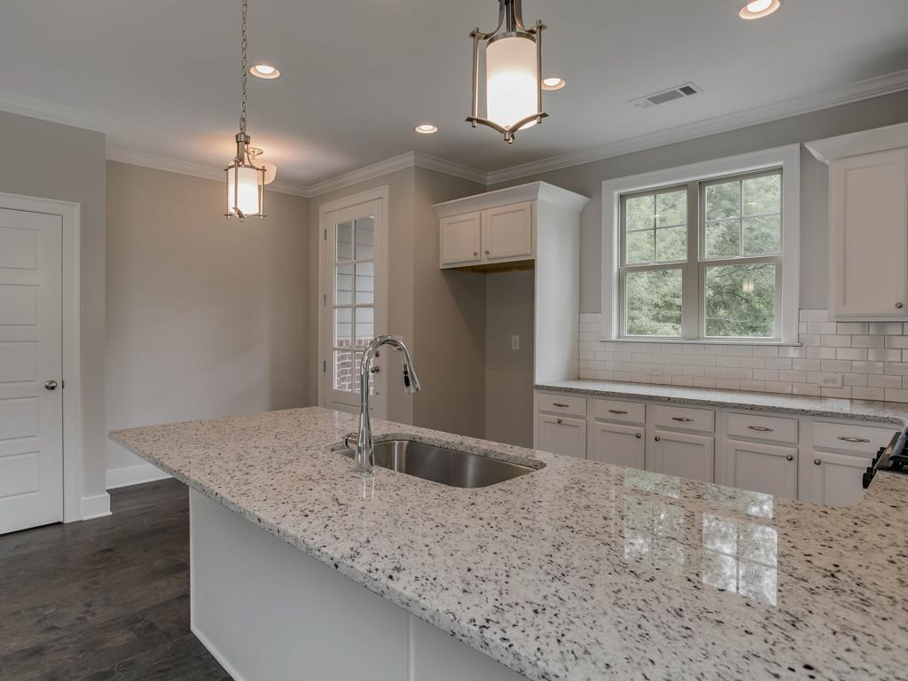 Kitchen-in-Sanford-LW-at-Lakewood-in-Athens