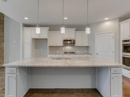 Kitchen-in-Neeley-PC-at-Pebble Creek-in-Watkinsville