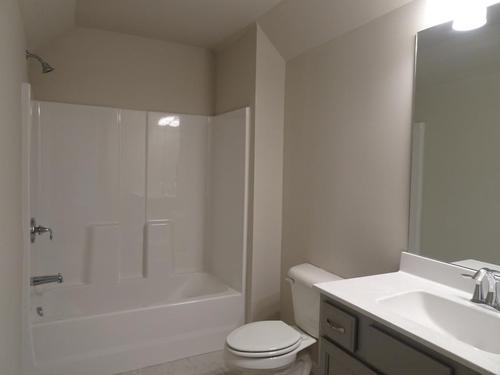 Bathroom-in-Belmont-PC-at-Pebble Creek-in-Watkinsville
