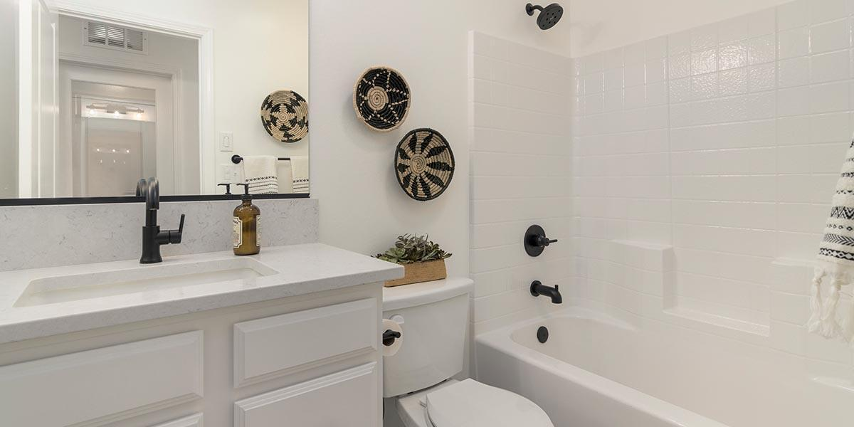 Bathroom featured in the Sedona + FlexSuite By S & S Homes in Bakersfield, CA