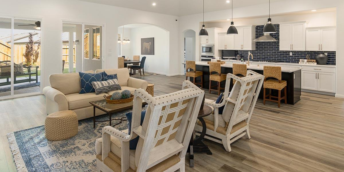Living Area featured in the Shasta By S & S Homes in Bakersfield, CA