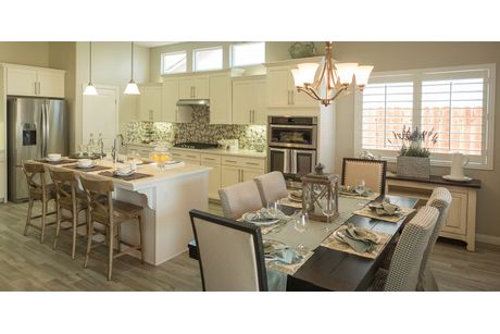 Kitchen-in-Sierra-at-Wildhorse-in-Bakersfield