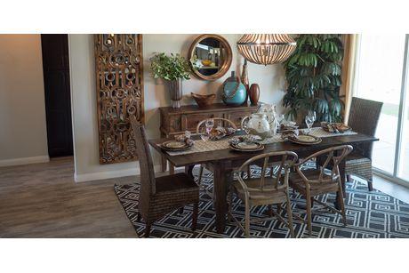 Dining-in-Sedona + FlexSuite-at-Wildhorse-in-Bakersfield