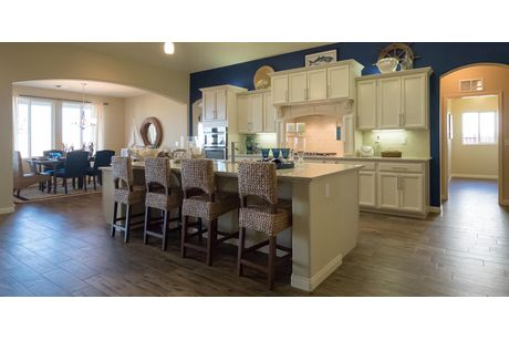 Kitchen-in-Sonoma + 5th Bedroom-at-Wildhorse-in-Bakersfield