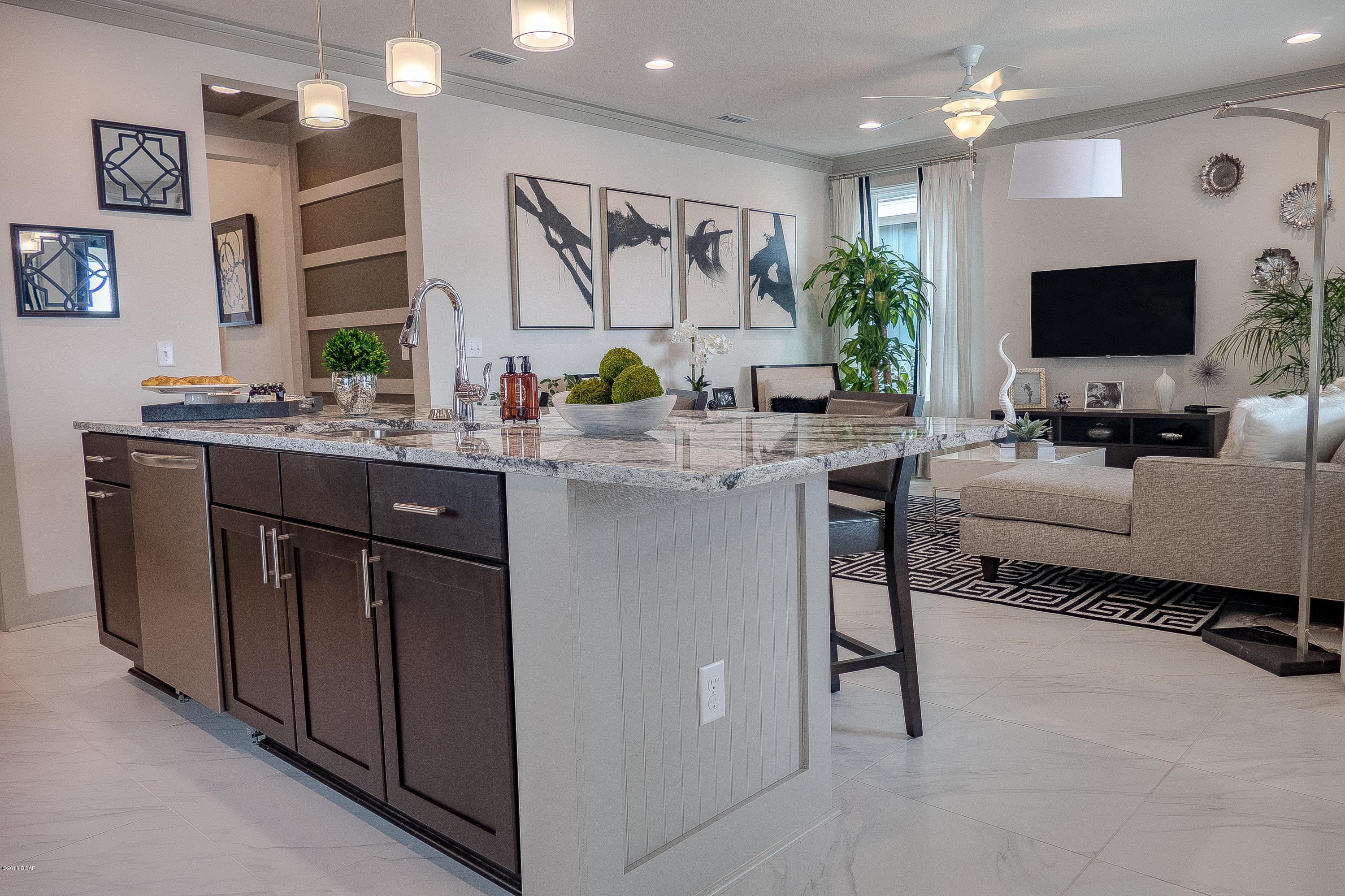 Wet-Bar-in-2 E HEARTLEAF Avenue-at-SweetBay-in-Panama City