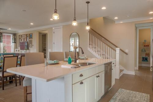 Kitchen-in-1805 DISCOVERY Loop-at-SweetBay-in-Panama City