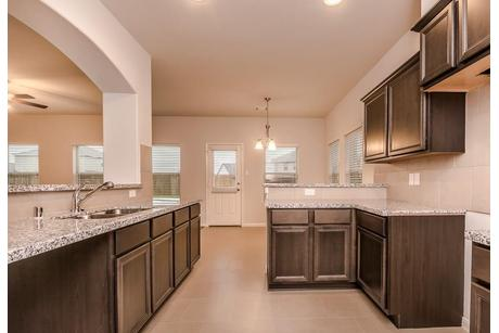 Kitchen-in-2367-at-Rodeo Palms-in-Manvel