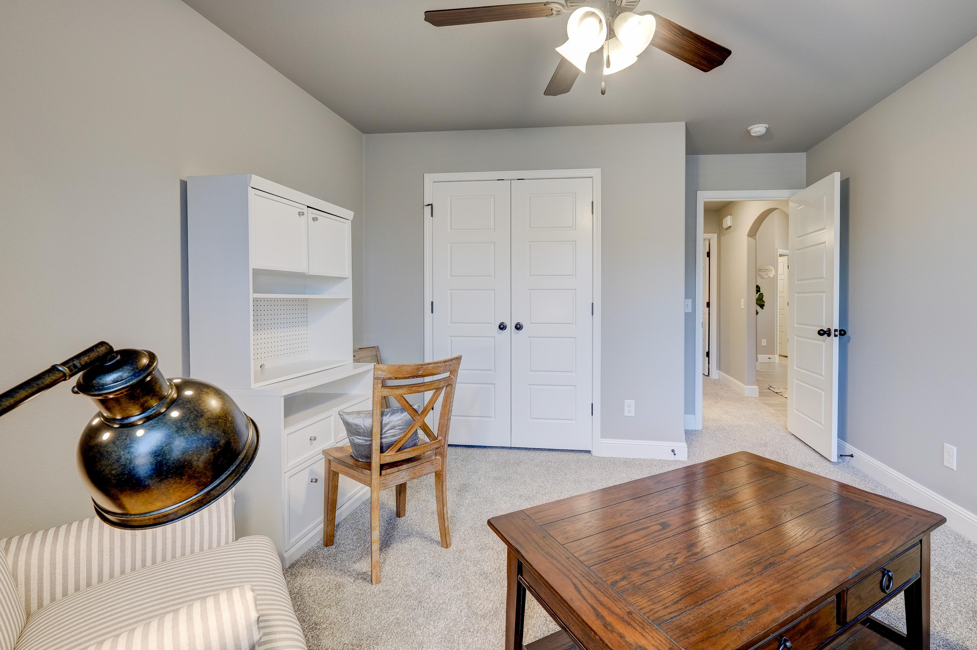 Living Area featured in the 2050KP Series By Schuber Mitchell Homes in Joplin, MO
