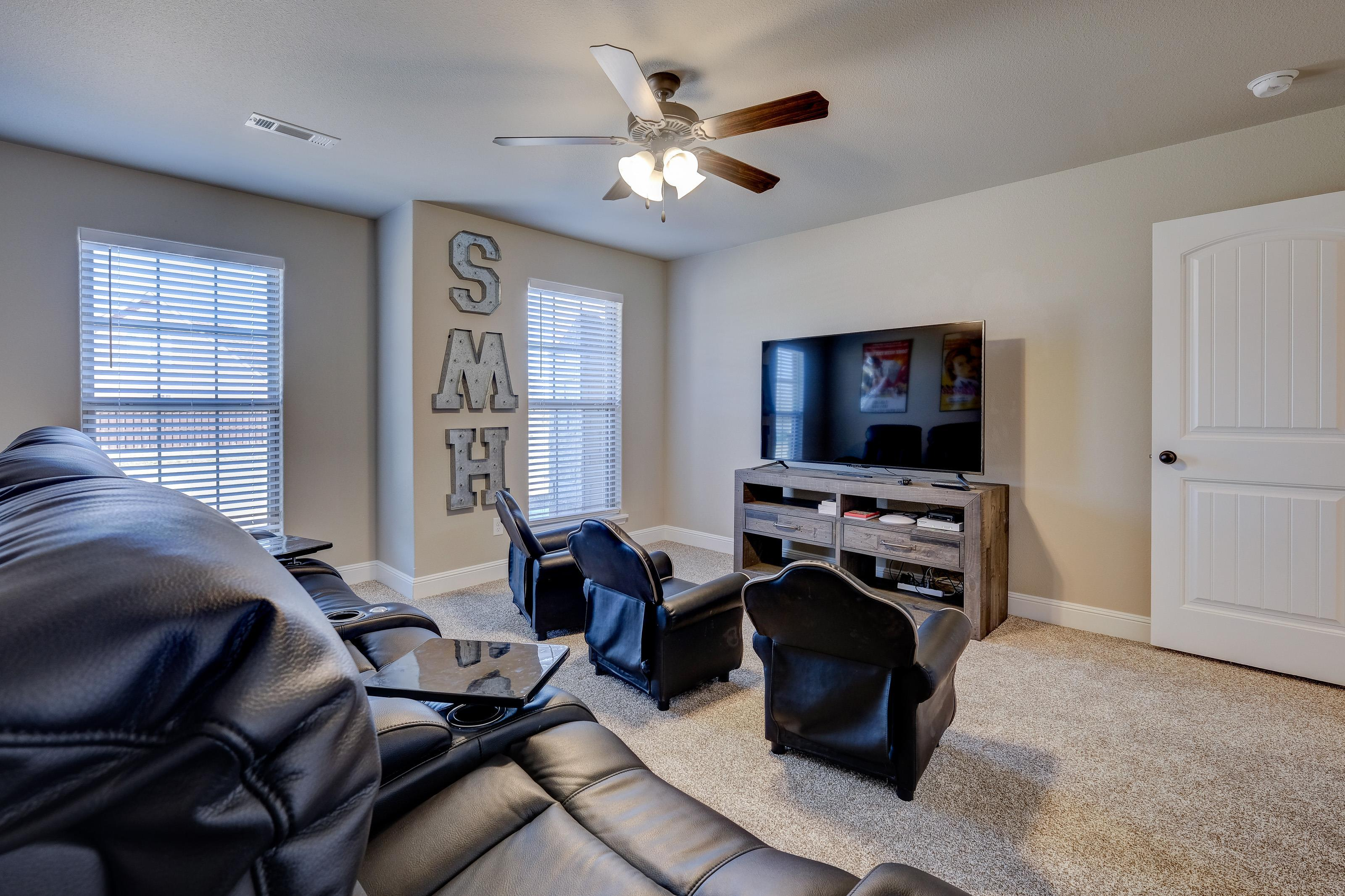 Living Area featured in the 2600T Series By Schuber Mitchell Homes in Joplin, MO