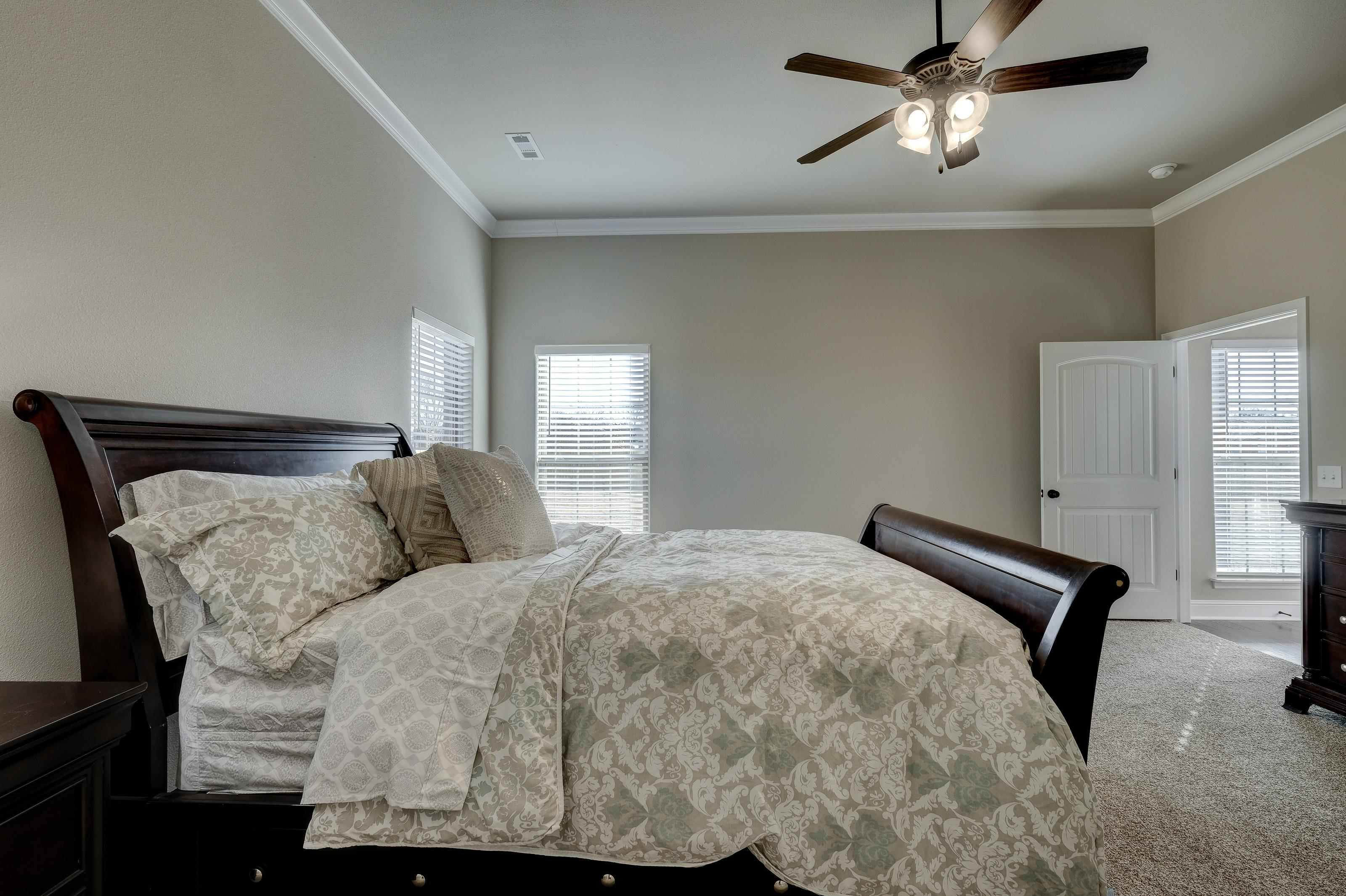 Bedroom featured in the 2600T Series By Schuber Mitchell Homes in Joplin, MO
