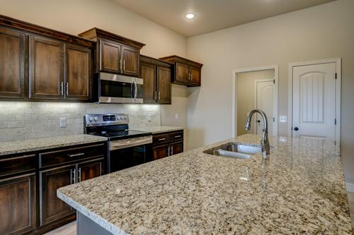 Kitchen-in-1650KI Series-at-Anderson Estates-in-Webb City
