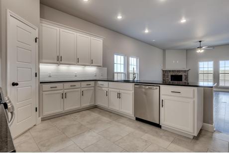 Kitchen-in-1950KP Series-at-Woodward Hills-in-Bentonville