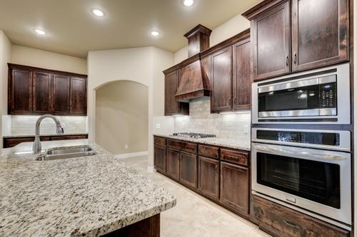 Kitchen-in-2600T Series-at-Piper Glen-in-Joplin
