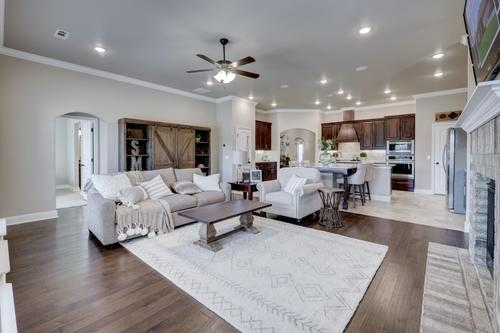 Greatroom-and-Dining-in-2600T Series-at-Anderson Estates-in-Webb City