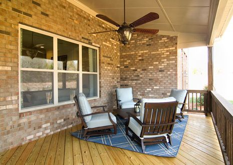 Patio-in-Avalon-at-Oldenburg-in-Waxhaw