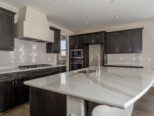 Kitchen-in-Ojai-at-Trilogy at Monarch Dunes and Monarch Ridge Town Homes-in-Nipomo