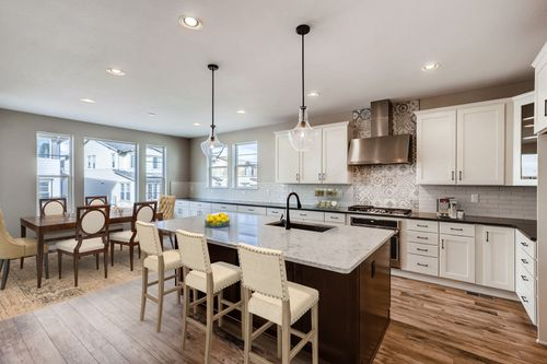 Kitchen-in-5101 - Suncatcher-at-Erie - Peakview Collection at Colliers Hill-in-Erie